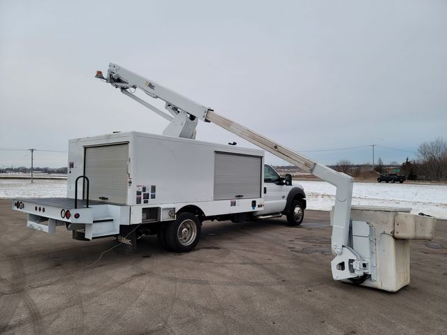 2014 Ford Super Duty F-550 DRW Chassis Cab XL Lake In The Hills, IL 30