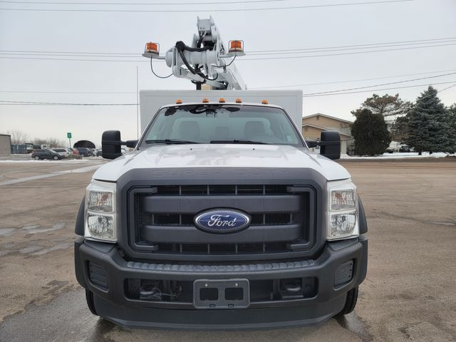 2014 Ford Super Duty F-550 DRW Chassis Cab XL Lake In The Hills, IL 4