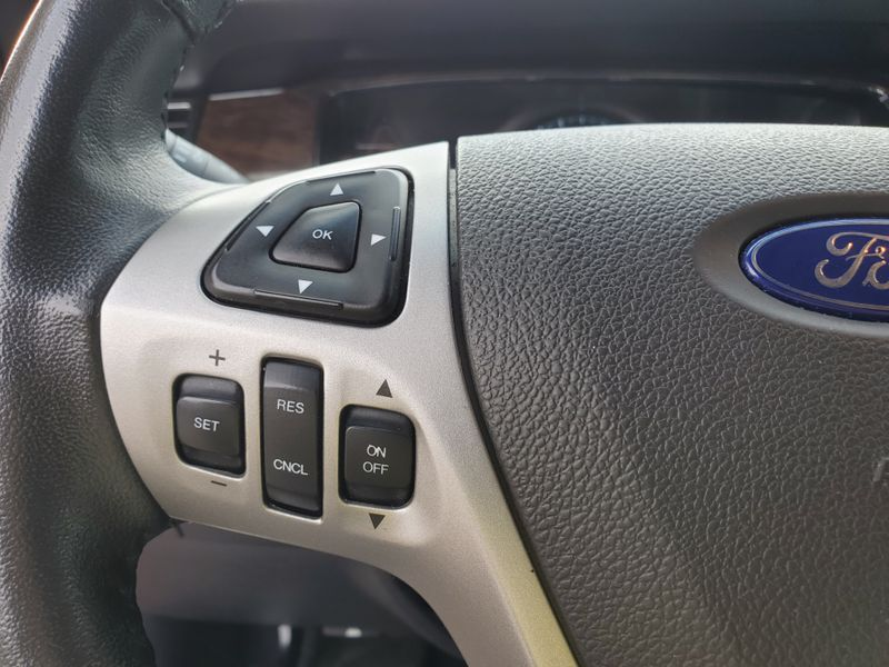2014 Ford Taurus Limited  Brownsville TX  English Motors  in Brownsville, TX