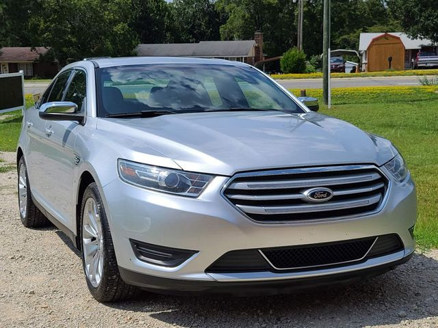 2014 Ford Taurus Limited in Hope Mills, NC 28348