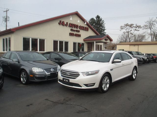 2014 Ford Taurus SEL in Troy, NY 12182