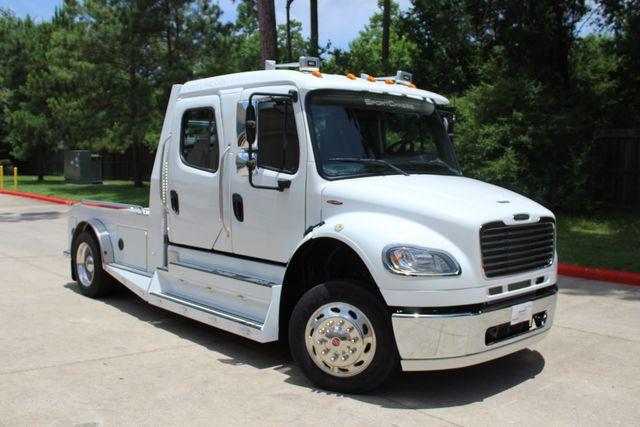 2014 Freightliner M2 106 Sport SportChassis RHA 114 Luxury Ranch Hauler CONROE, TX 1