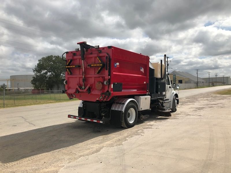 2014 Freightliner M2106 Sweeper VACAL DUAL GUTTER SWEEPER   city TX  North Texas Equipment  in Fort Worth, TX