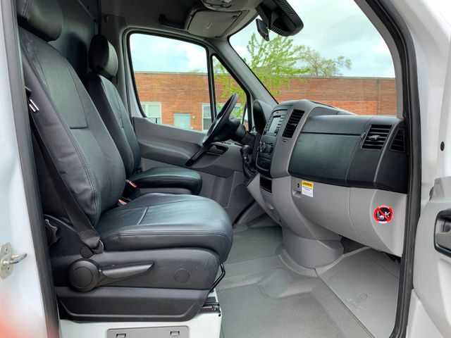2014 Freightliner Sprinter Cargo Vans Chicago, Illinois 5