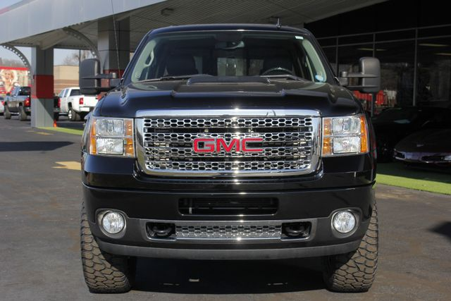 2014 GMC Sierra 2500HD Denali Crew Cab Z71 4X4 - LIFTED - LOTS OF EXTRA$! Mooresville , NC 16