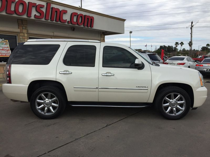 2014 GMC Yukon Denali   Brownsville TX  English Motors  in Brownsville, TX