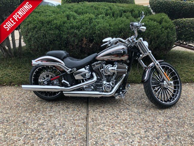 2014 Harley-Davidson CVO Breakout ***Only 254 miles*** *** ONLY 254 MILES *** in McKinney, TX 75070