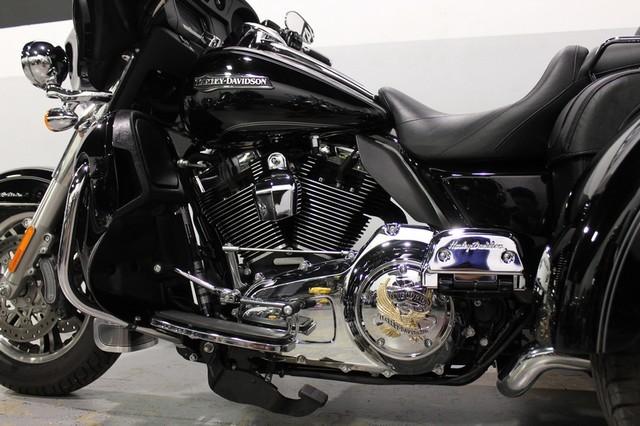 2014 Harley Davidson Tri Glide Ultra: 2014 Harley-Davidson Ultra Trike Tri Glide FLHTCUTG