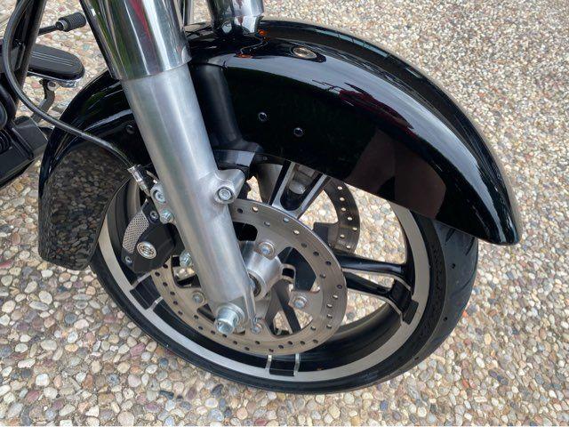 2014 Harley-Davidson FLHX Street Glide in McKinney, TX 75070