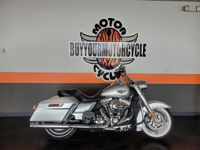 2014 Harley-Davidson Road King® Base in Fort Worth , Texas 76111