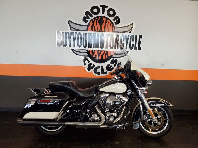2014 Harley - Davidson Road King Police in Arlington, Texas 76010