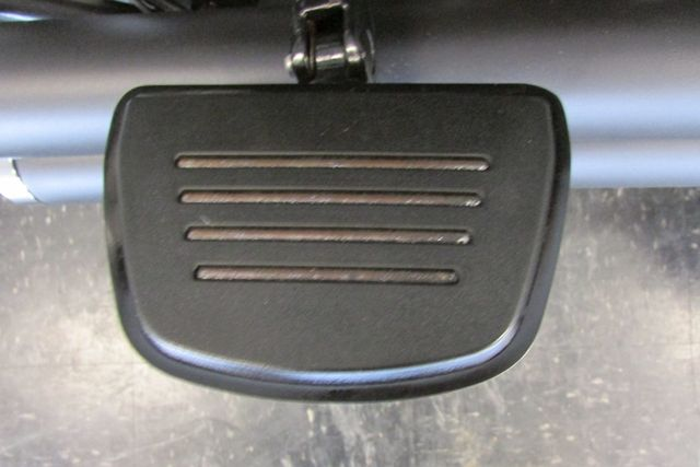 2014 Harley-Davidson Softail® Fat Boy® Lo Arlington, Texas 15