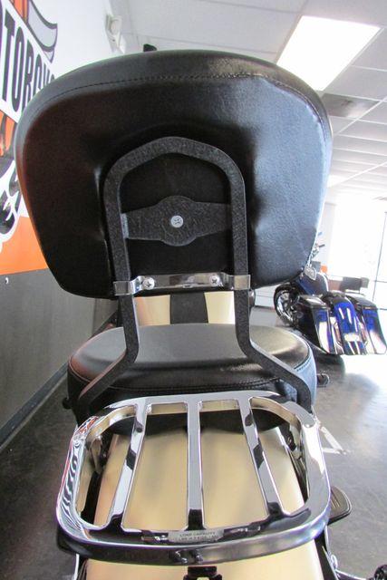 2014 Harley-Davidson Softail® Fat Boy® Lo Arlington, Texas 23