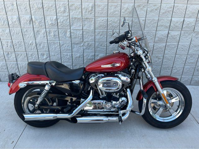 2014 Harley-Davidson Sportster 1200 Custom XL1200C