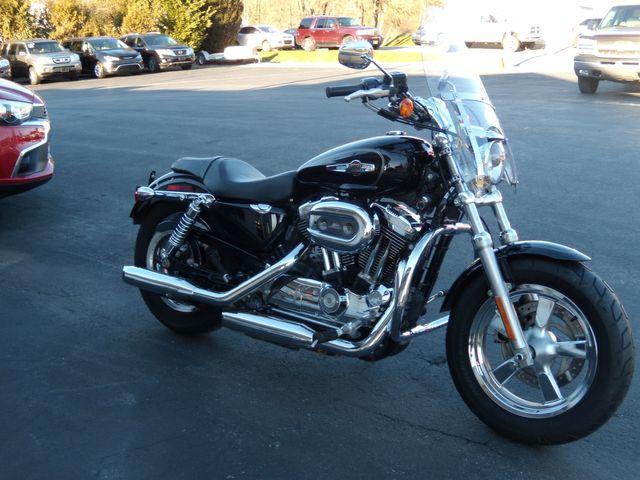 2014 Harley-Davidson Sportster® 1200 Custom