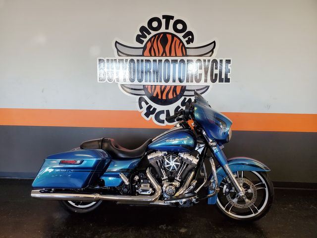 2014 Harley-Davidson Street Glide® Base in Arlington, Texas 76010