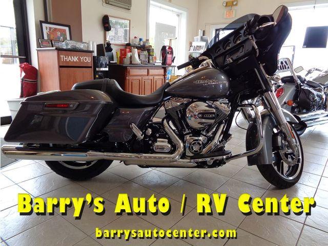 2014 Harley-Davidson Street Glide® Base in Brockport NY, 14420