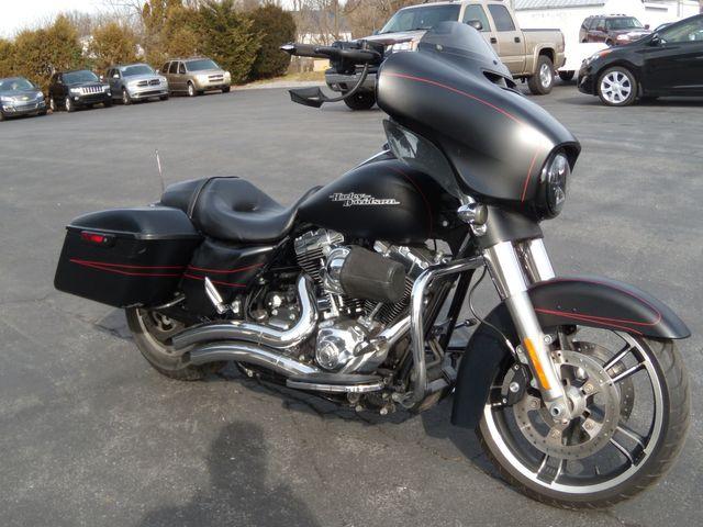 2014 Harley-Davidson Street Glide® Special in Ephrata, PA 17522