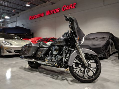 2014 Harley-Davidson STREET GLIDE SPECIAL in Lake Forest, IL