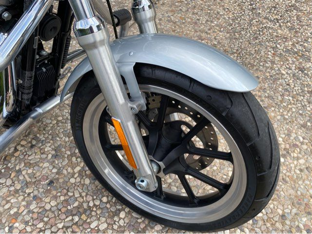 2014 Harley-Davidson XL883L Sportster Super Low in McKinney, TX 75070