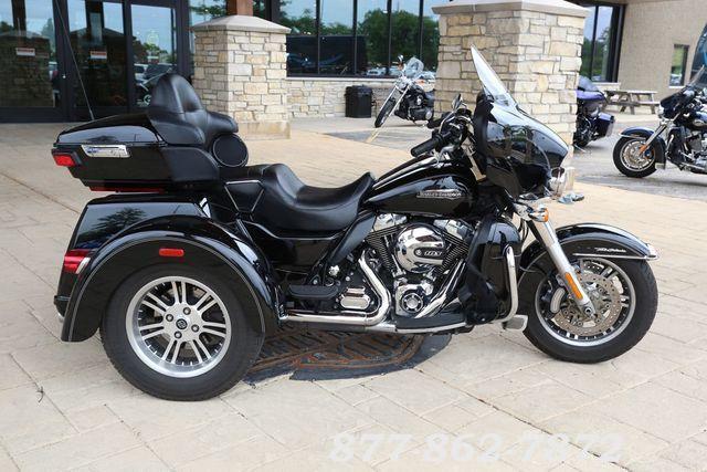2014 Harley-Davidsonr FLHTCUTG - Tri Glider Ultra