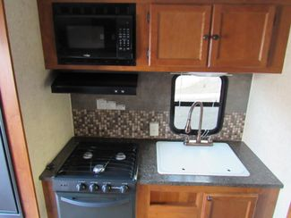 2014 Heartland Wilderness 2550RK Trailer Bend, Oregon 8