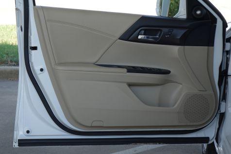 2014 Honda Accord EX-L* BU Cam* Sunroof* EZ Finance**   Plano, TX   Carrick's Autos in Plano, TX