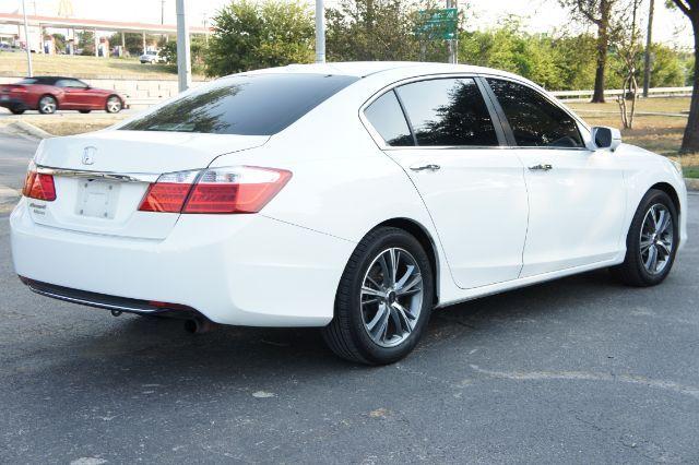 2014 Honda Accord EX-L in San Antonio, TX 78233