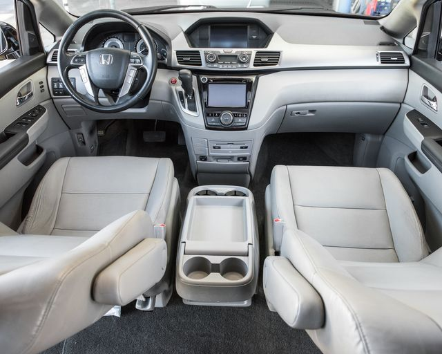 2014 Honda Odyssey Touring Elite Burbank, CA 16