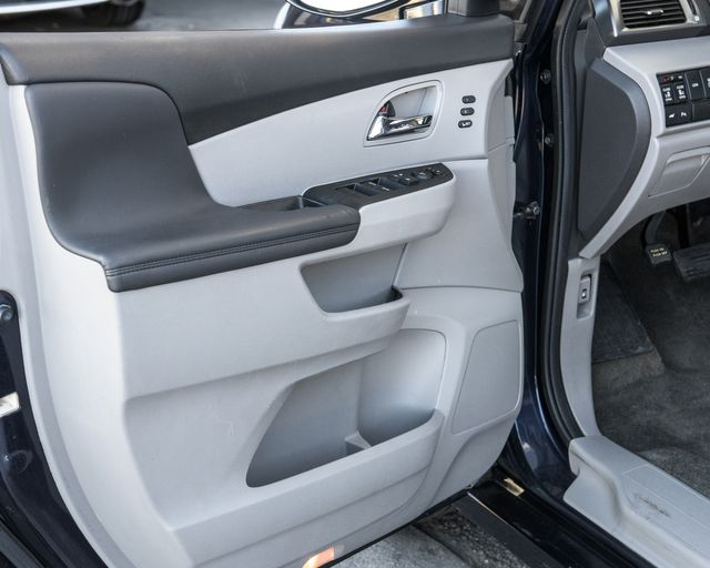 2014 Honda Odyssey Touring Elite Burbank, CA 18