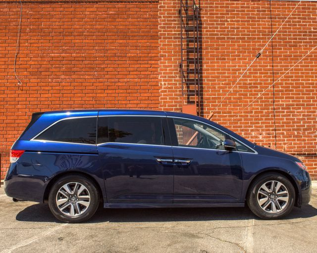 2014 Honda Odyssey Touring Elite Burbank, CA 3