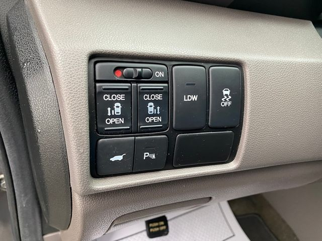2014 Honda Odyssey Touring Elite Madison, NC 32