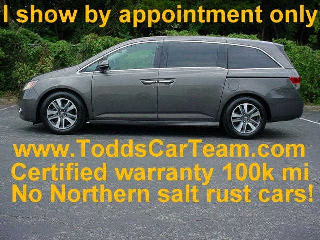 2014 Honda Odyssey Touring w/Navigation & DVD
