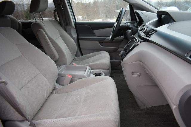 2014 Honda Odyssey EX Naugatuck, Connecticut 9