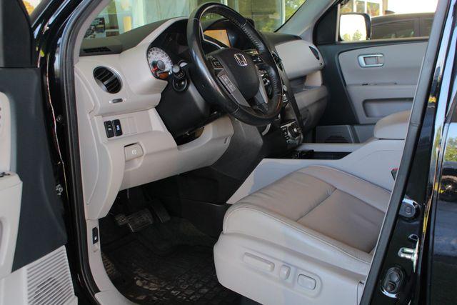 2014 Honda Pilot Touring FWD - NAVIGATION - REAR DVD - SUNROOF! Mooresville , NC 32