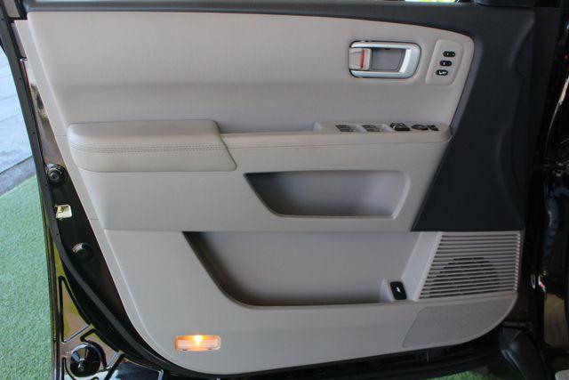 2014 Honda Pilot Touring FWD - NAVIGATION - REAR DVD - SUNROOF! Mooresville , NC 52