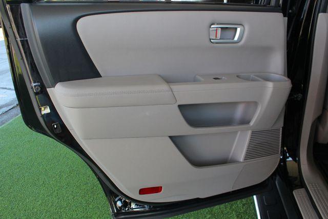 2014 Honda Pilot Touring FWD - NAVIGATION - REAR DVD - SUNROOF! Mooresville , NC 54