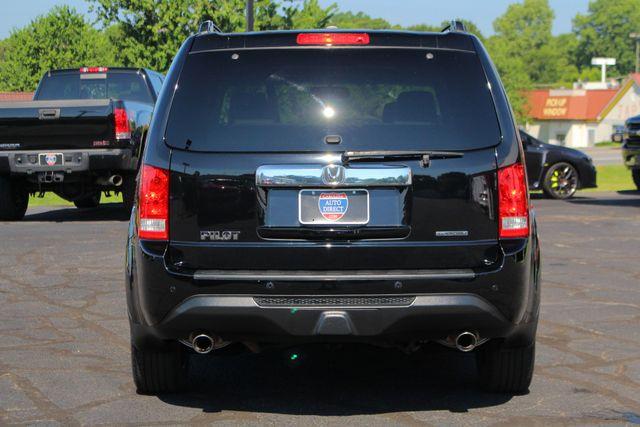 2014 Honda Pilot Touring FWD - NAVIGATION - REAR DVD - SUNROOF! Mooresville , NC 18