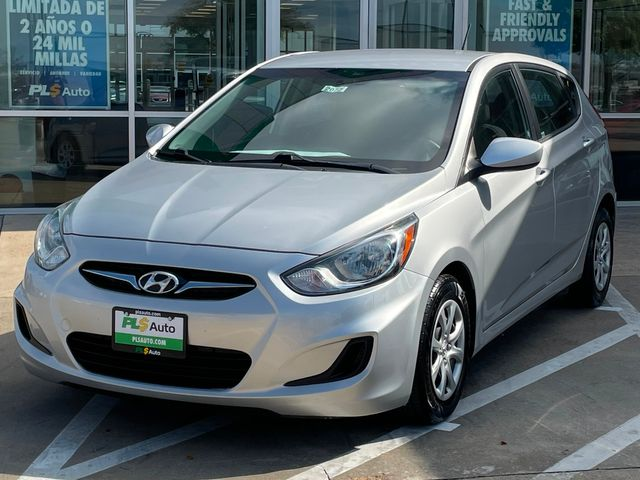 2014 Hyundai Accent 5-Door GS