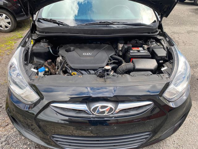 2014 Hyundai Accent 5-Door GS New Brunswick, New Jersey 21
