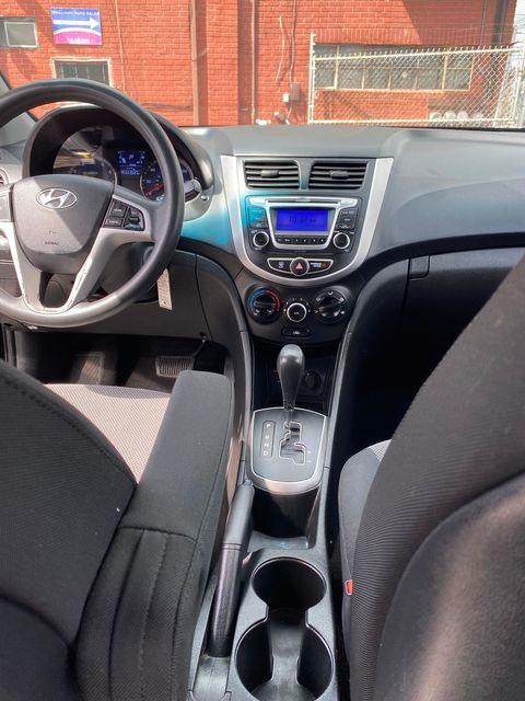 2014 Hyundai Accent 5-Door GS New Brunswick, New Jersey 15