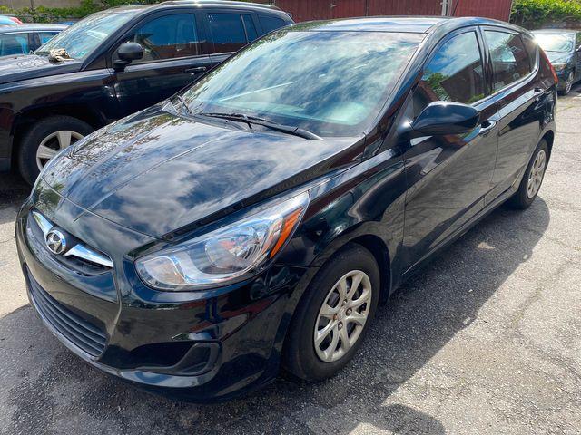 2014 Hyundai Accent 5-Door GS New Brunswick, New Jersey 6