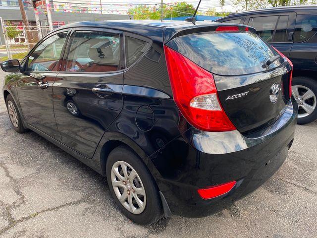 2014 Hyundai Accent 5-Door GS New Brunswick, New Jersey 9