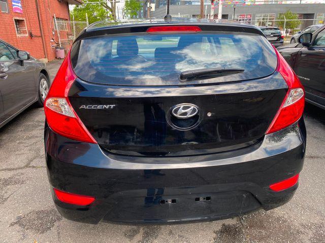 2014 Hyundai Accent 5-Door GS New Brunswick, New Jersey 7