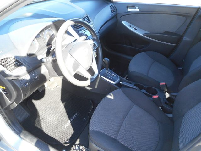 2014 Hyundai Accent 5-Door GS New Windsor, New York 11