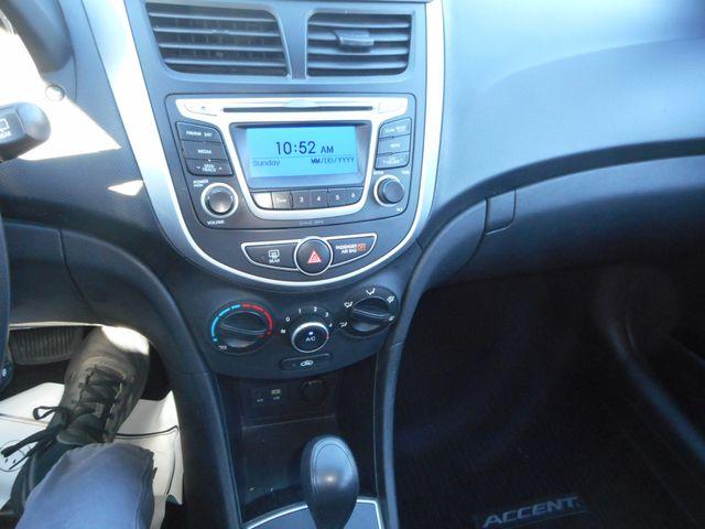 2014 Hyundai Accent 5-Door GS New Windsor, New York 13