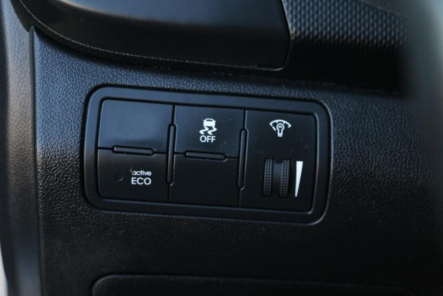 2014 Hyundai Accent 5-Door GS Santa Clarita, CA 29