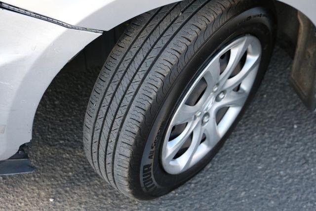 2014 Hyundai Accent 5-Door GS Santa Clarita, CA 25