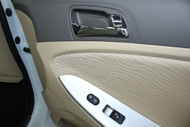 2014 Hyundai Accent GLS Premium Kensington, Maryland 48