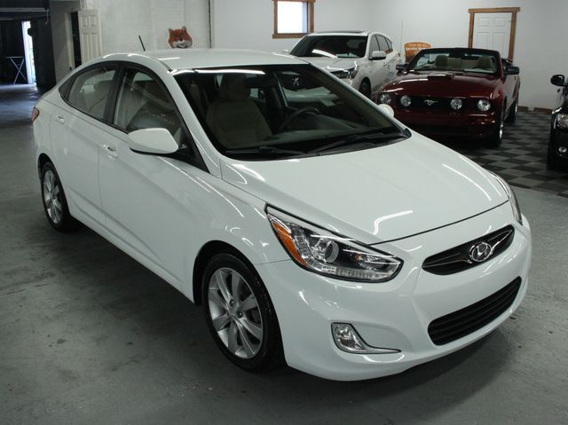 2014 Hyundai Accent GLS Premium Kensington, Maryland 6